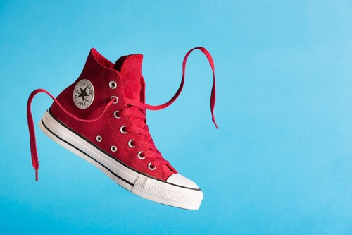 Estrena zapatillas desde 19 euros con los descuentazos del outlet de Converse