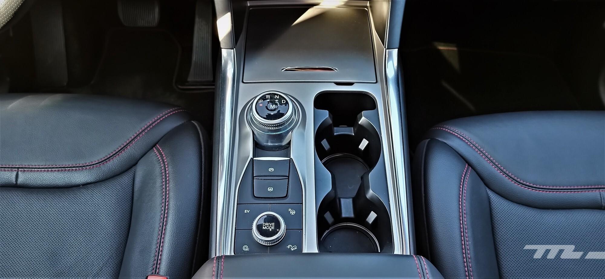 Foto de Ford Explorer 2020 - prueba (32/115)