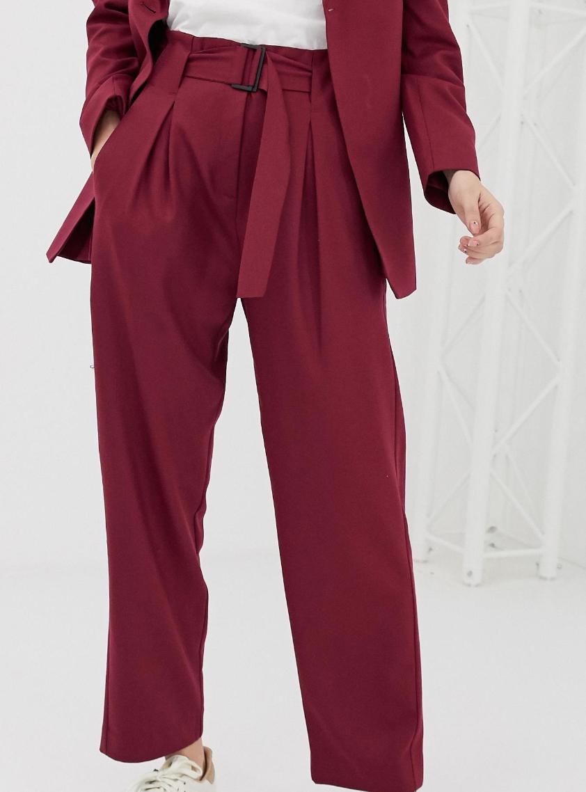 Pantalones de sastre plisados en mezcla de lana Margot de Selected (parte de un conjunto)