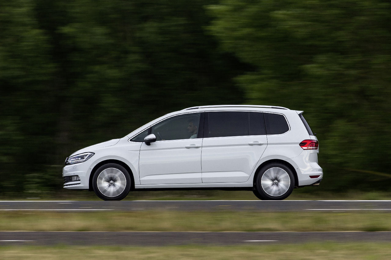 Pin Photos Of The 2015 Vw Touran Release Date on Pinterest