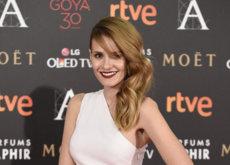 Elena Ballesteros y su Stella McCartney pisan con garra la alfombra roja de los Goya 2016