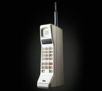 Motorola DynaTAC, ¡sin cables! Para millonarios con fuerza en los brazos