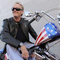 Muere Peter Fonda, el inolvidable inconformista de 'Easy Rider'