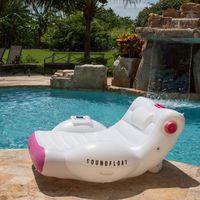 Si tienes piscina en casa, esta es la colchoneta que querrás usar este verano