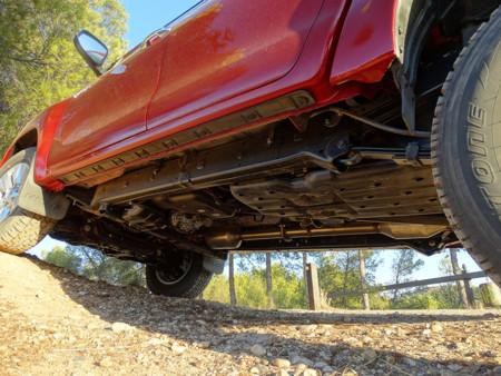 Prueba Toyota Hilux bajo Detalles