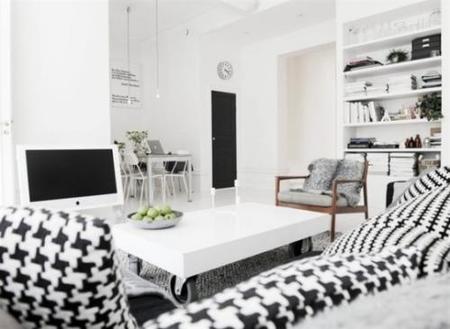 Hacer más cálida una habitación blanca. Decoesfera responde