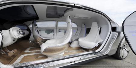 Mercedes-Benz F 015, toma de contacto