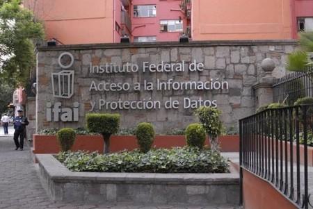 Activistas aseguran que el Gobierno Federal nos espía
