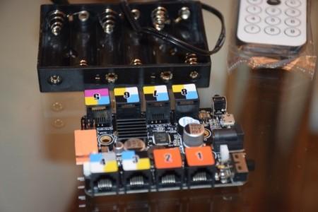 Placa de control de Makeblock, en la que conectaremos los distintos sensores y actuadores