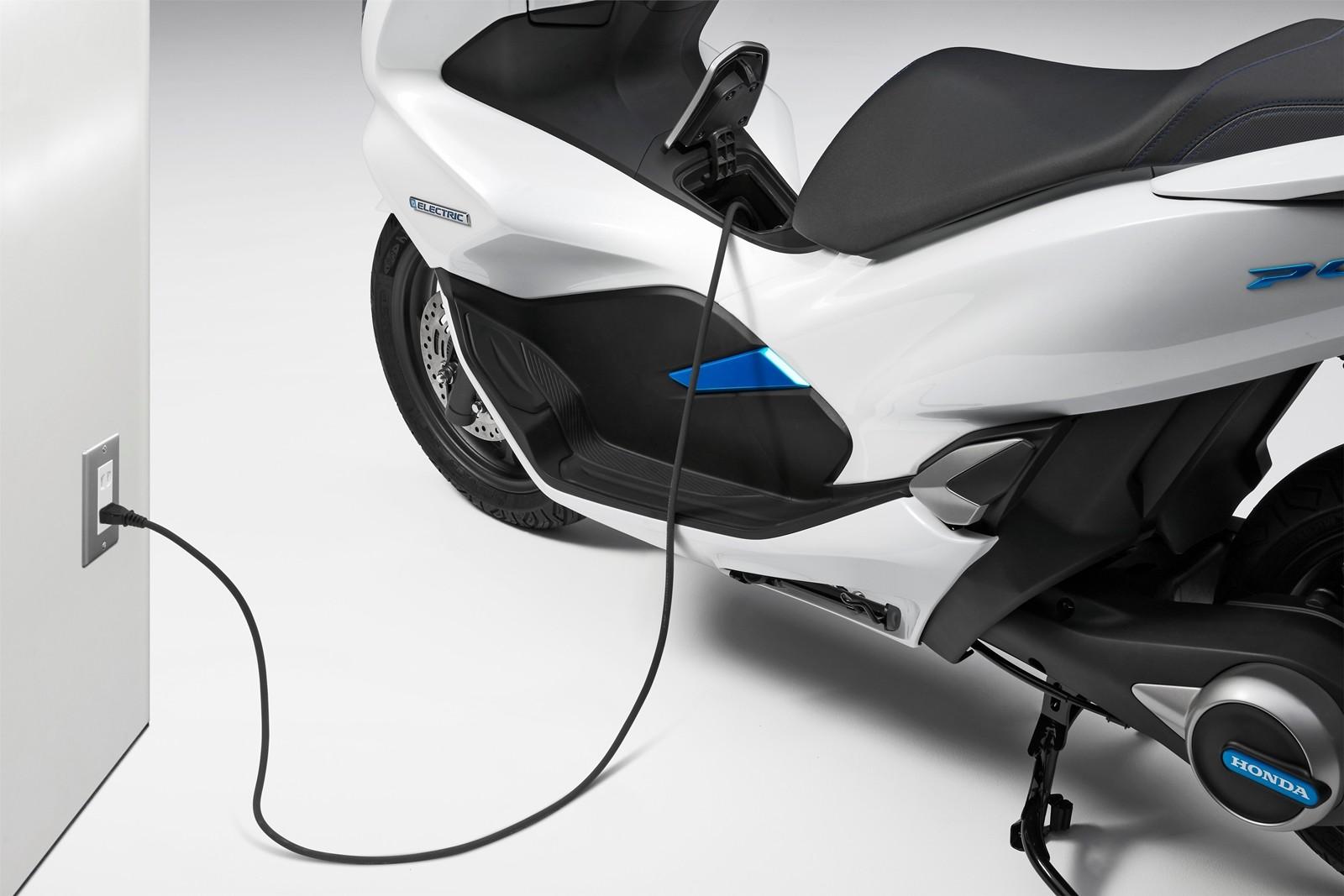 Foto de Honda PCX Electric y Honda PCX Hybrid (6/11)