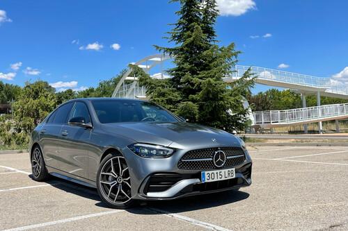 Probamos el Mercedes Clase C: un gran salto tecnológico acompañado de un buen comportamiento dinámico