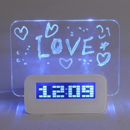 Despertador LED con tablón para mensajes por sólo 7,93 euros y envío gratuito en Ebay