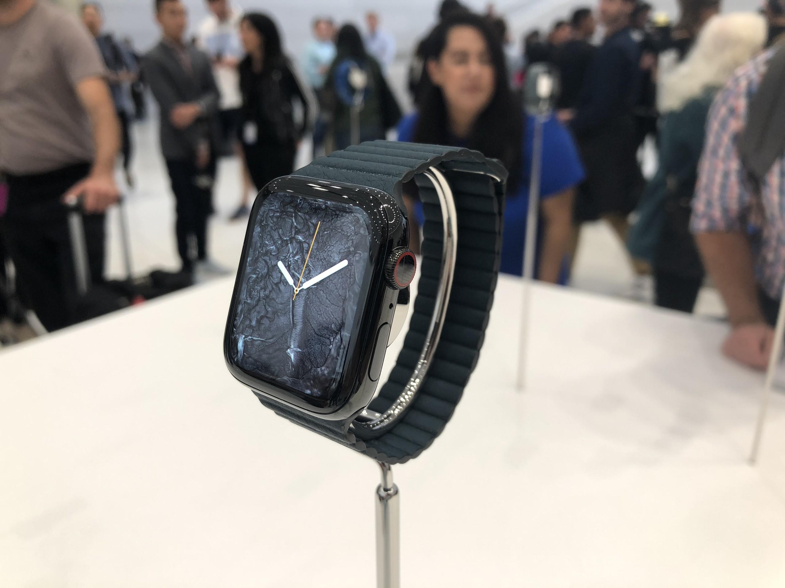 Foto de Apple Watch Series 4, iPhone XS, iPhone XS Max y iPhone XR (7/41)