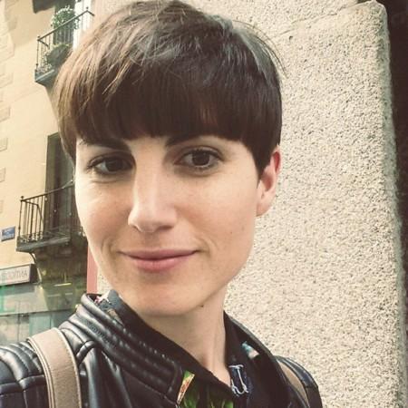 """""""Las canciones me han servido para canalizar momentos duros de mi maternidad"""". Entrevista a Beatriz Montiel, autora de """"Theta"""""""