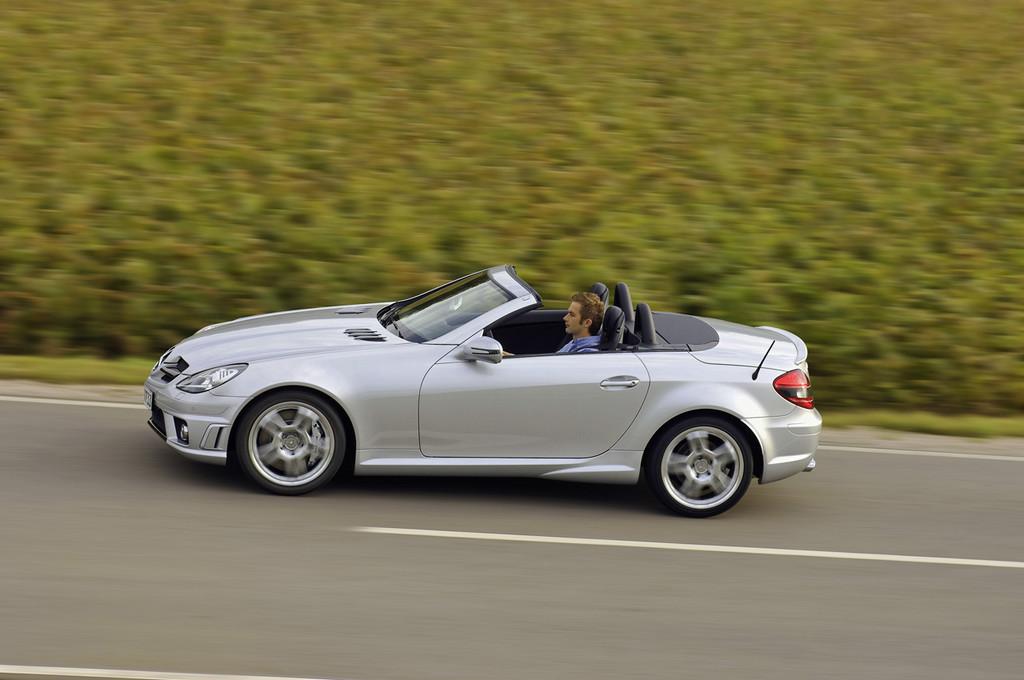 Foto de Mercedes SLK 55 AMG (13/22)