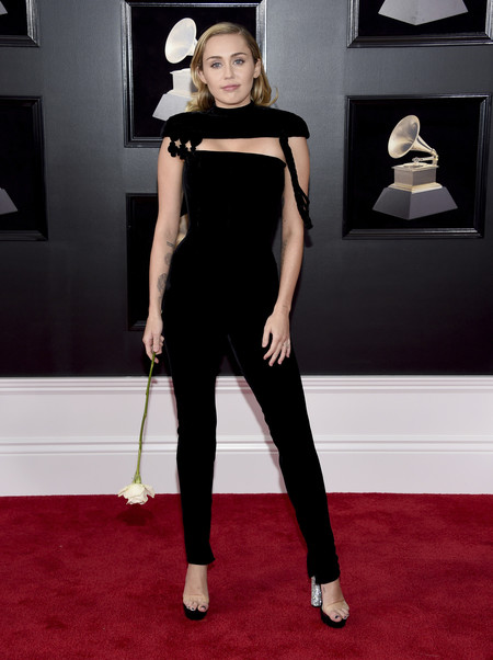 Alfombra Roja Grammy 2018 Miley Cyrus Jean Paul Gaultier