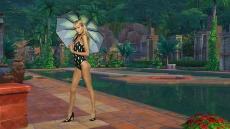 Con la nueva y divertida colección de Moschino inspirada en los Sims podrás vestirte como si fueras uno de ellos (y ellos como tú)