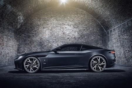 Aston Martin Vantage Y Dbs Superleggera 007 Edition 22