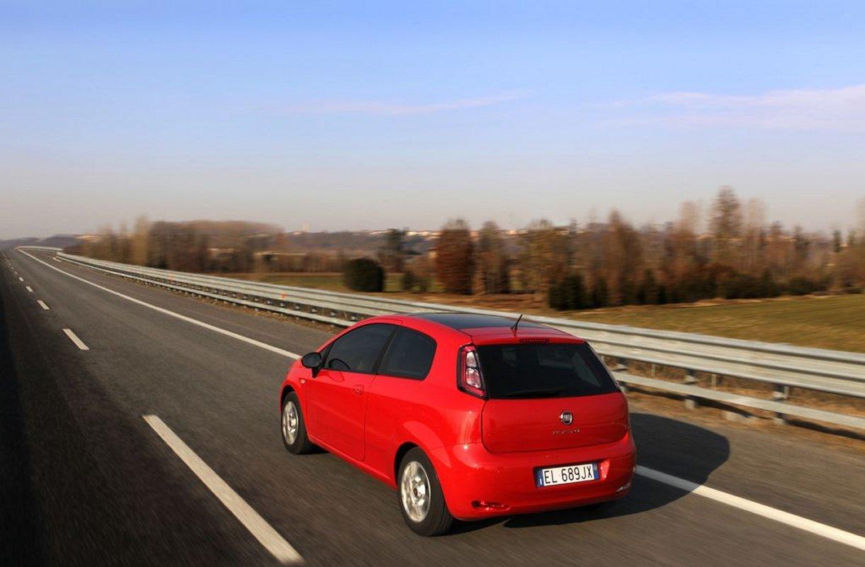 Foto de Fiat Punto 2012 (24/48)
