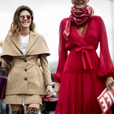 El street style levanta pasiones y se tiñe de color rojo
