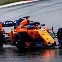 El McLaren de Fernando Alonso va de lujo... con nieve
