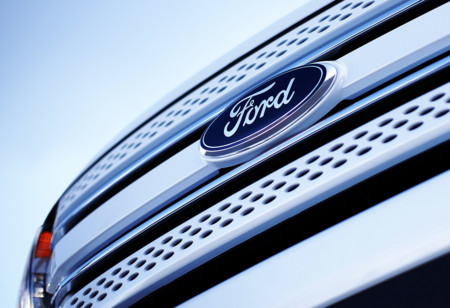 Logos de coches: Ford, el óvalo azul que convenció a Henry Ford