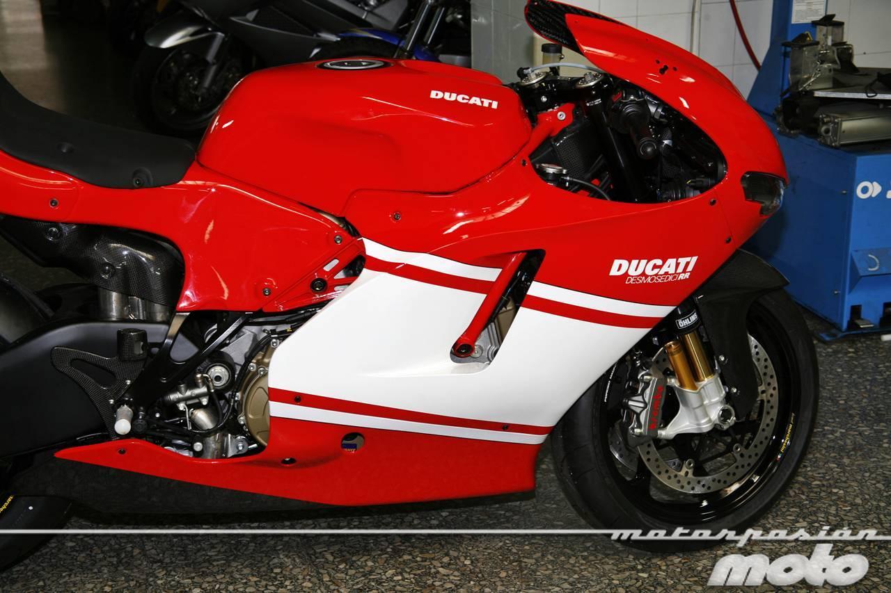 Foto de Ducati Desmosedici RR, toma de contacto (prueba dinámica y galería de fotos) (46/55)