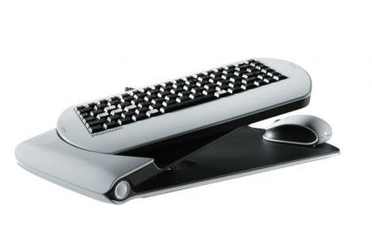 800px-Phantom_lapboard.jpg