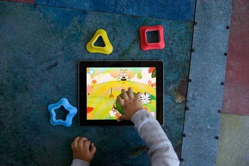Uso y abuso de la tecnología, los beneficios se traducen en problemas cuando los niños las usan demasiado tiempo