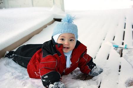 La foto de tu bebé en febrero: el bebé en invierno