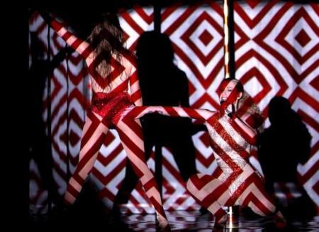 Iggy Azalea Performance Amas