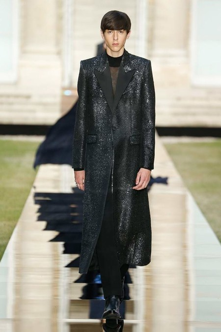 Givenchy Men Haute Couture Fall Winter 2018 Paris 03