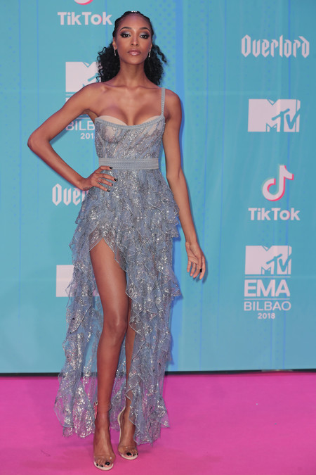 Jourdan Dunn red carpet mtv ema