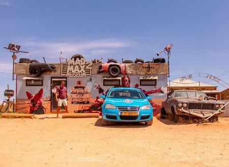 Un coche eléctrico, 33 países y 89.000 km: este es el viaje de un holandés desde Bélgica hasta Australia