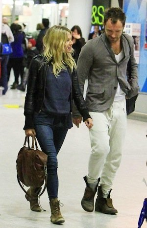 ¡Sienna Miller ha vuelto! Su último look de aeropuerto