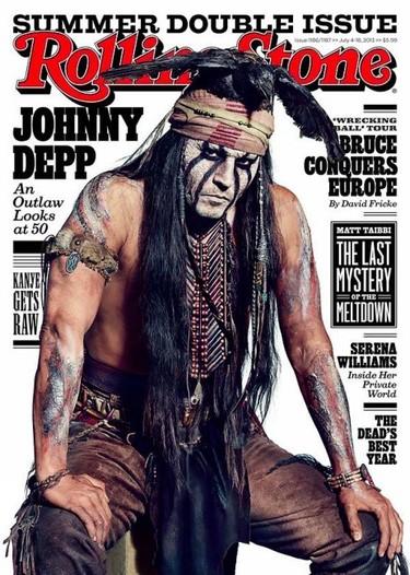 Johnny Depp, sólo tú puedes llevar un cuervo en la cabeza y estar sexy