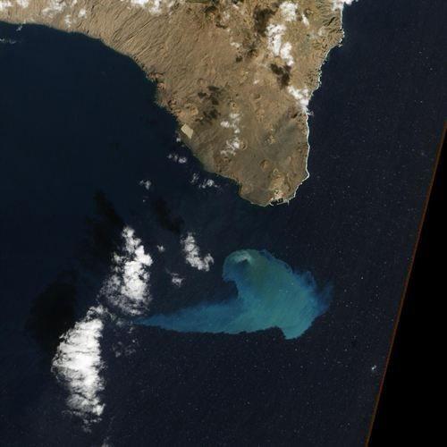 La foto de la erupción del El Hierro, finalista a ser imagen del año de la NASA