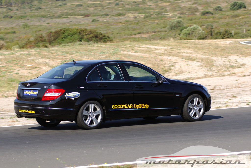 Foto de Mercedes Clase C 200 CDI BlueEfficiency (prueba) (46/56)