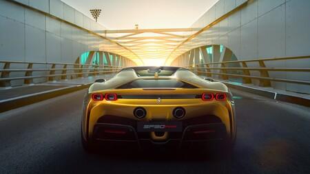 Ferrari SF90 Spider trasera