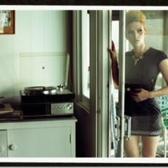 el-estilo-ladylike-de-scarlett-johansson-para-2010-en-harpers-bazaar