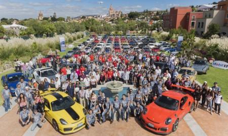 Porsche lo hace de nuevo y reúne más de 100 autos en la décima edición del Porsche Parade & Festival