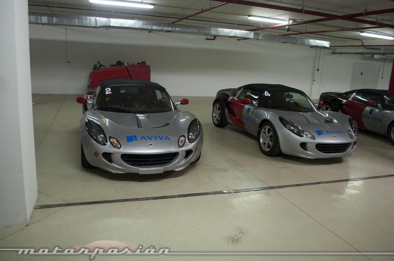 Foto de el garaje de ensue o del ascari race resort 4 36 for Garajes de ensueno