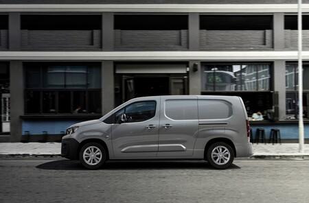 Peugeot E Partner 2021 002