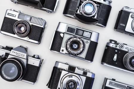 Qué cámara de fotos para principiantes comprar: estos son los modelos y recomendaciones de los editores de Xataka
