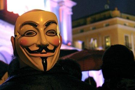 La policía italiana caza a la cúpula infantil de Anonymous