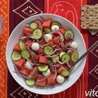 17 recetas de ensaladas con frutas de verano, para sumar este alimento a la dieta no sólo con dulces y postres