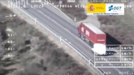 La DGT cierra la campaña de vigilancia a furgonetas: acoso vial, adelantamientos temerarios... De todo en las carreteras