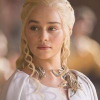 El rodaje de «Juego de tronos» ha terminado, pero Emilia Clarke será para siempre la Madre de Dragones gracias a su nuevo tatuaje