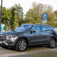 El Mercedes-Benz GLE 350 de híbrido enchufable diésel llega a España con 99 km de autonomía, desde 77.100 euros