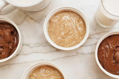Crema de cacahuetes, de almendras y de anacardos: su valor nutricional, cómo prepararlas y cómo usarlas en la cocina